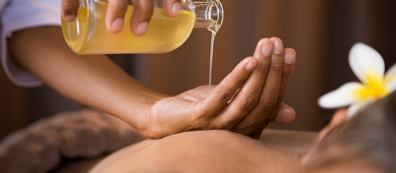 Aromatherapy Massage in Gurgaon, Delhi, Jaipur | My Radian Spa